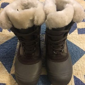 Women's Columbia cold weather boots
